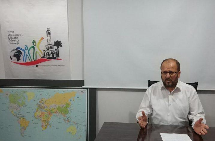 """İzmir Uluslararası Misafir Öğrenci Derneğinde """"Şehir ve İnsan"""" Konferansı"""