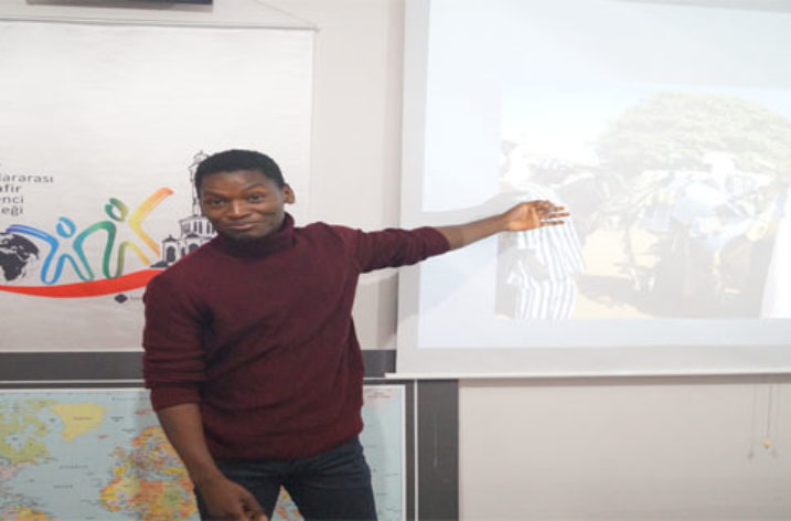 """İZUMÖD'te """"Benin Tanıtım Günü"""" gerçekleştirildi"""