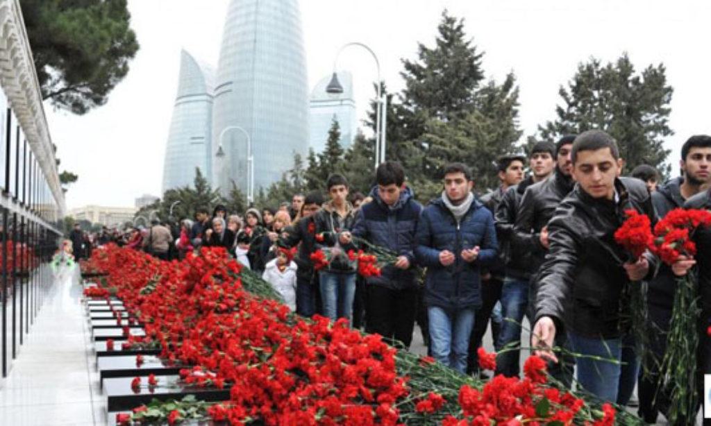 Bakü'de 20 Ocak Şehitleri Anıldı
