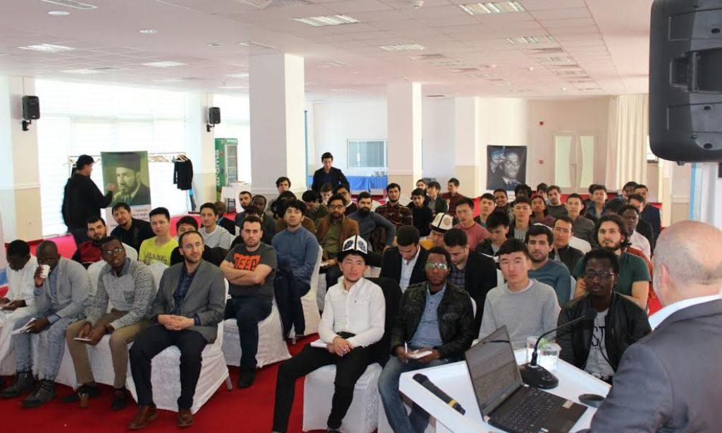 UDEF'ten Uluslararası Öğrencilere Eğitim Kampı