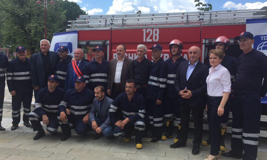 TDBB'den Arnavutluk-Skrapar Belediyesine İtfaiye Aracı