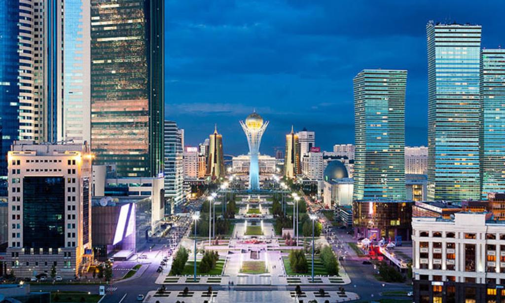 """Kazakistan'da """"Astana'nın Türk Dünyasındaki Rolü"""" Toplantısı"""