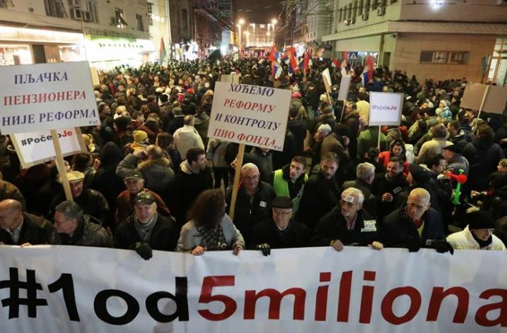 Belgrad sokaklarında portestolar devam ediyor