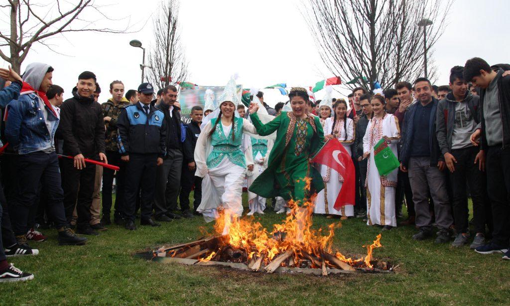 Topkapı Türk Dünyası Kültür Mahallesinde Nevruz kutlamaları
