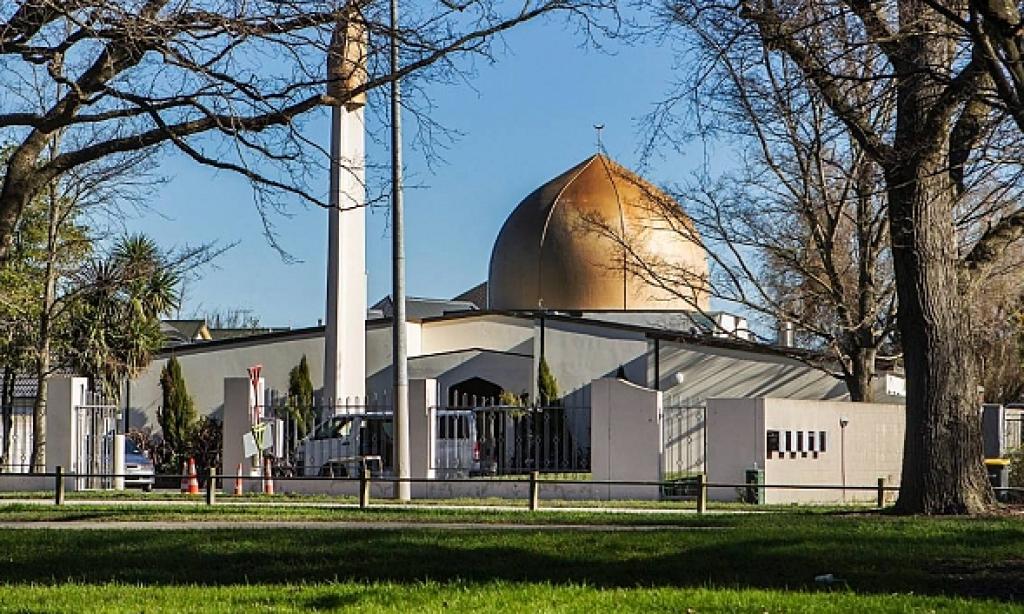 Dinleri yok etme isteği-İnsanları inançsızlaştırma çabaları