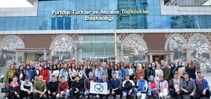 """Batı Trakyalı öğrenciler """"Ankara'yı Yakından Tanı""""dı"""