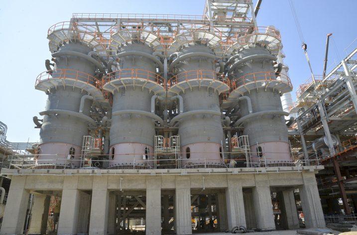 Dünyada ilk defa doğalgazdan benzin üretildi