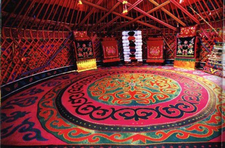 Kazak kilim kültüründe semboller ve süslemeler