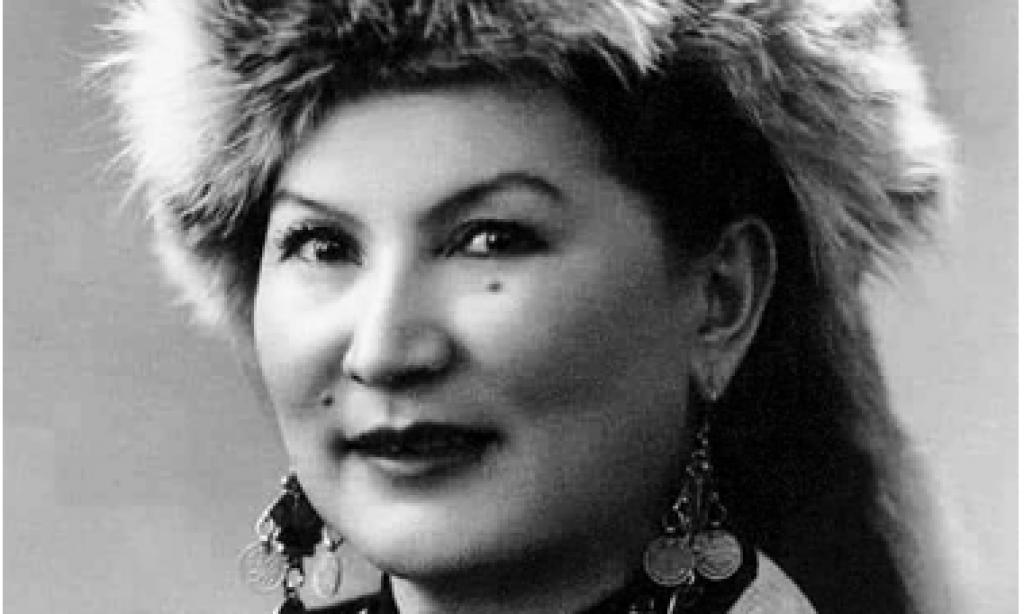 Türk Dünyasının Mücadeleci Kadınları